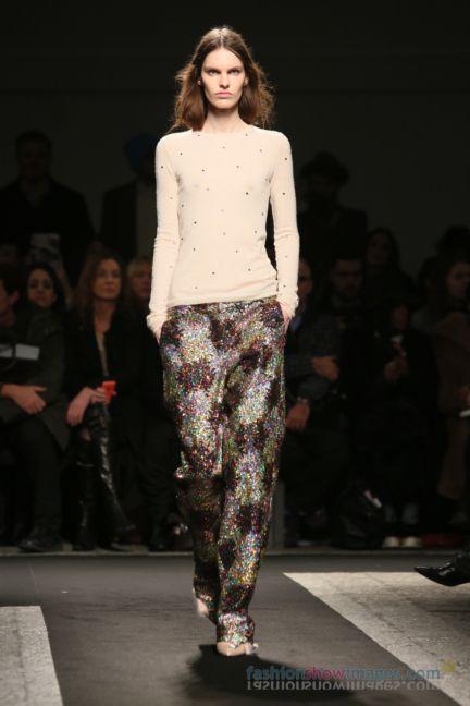 no21-milan-fashion-week-autumn-winter-2014-00066
