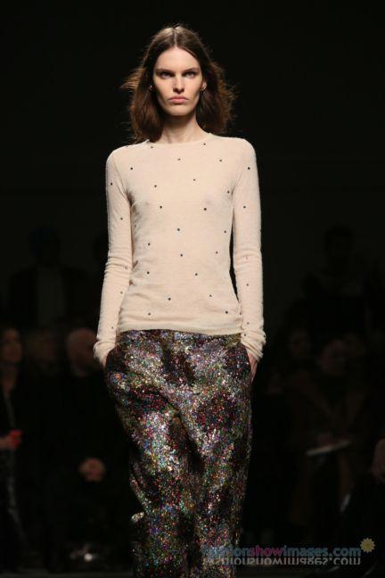 no21-milan-fashion-week-autumn-winter-2014-00067