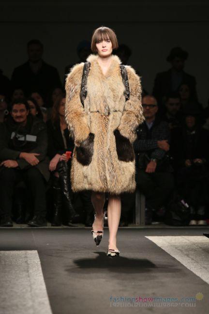 no21-milan-fashion-week-autumn-winter-2014-00068