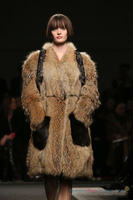 no21-milan-fashion-week-autumn-winter-2014-00071