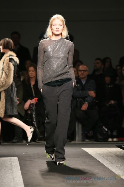 no21-milan-fashion-week-autumn-winter-2014-00076