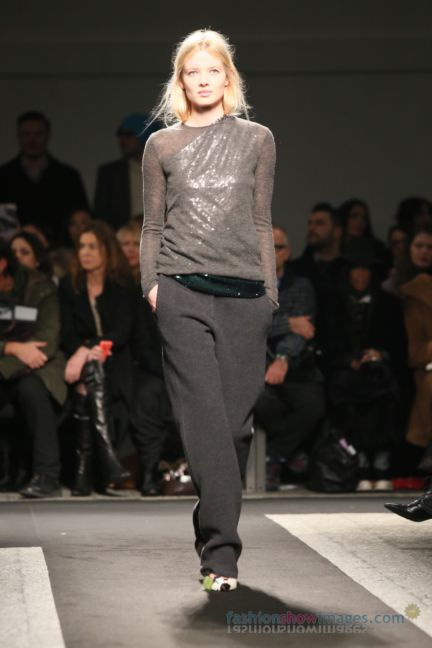 no21-milan-fashion-week-autumn-winter-2014-00078