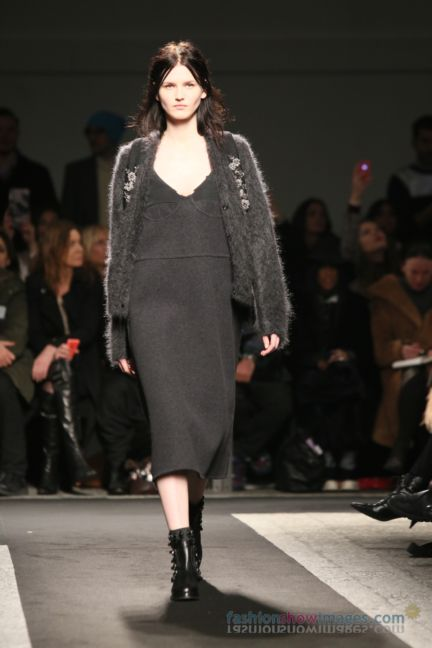 no21-milan-fashion-week-autumn-winter-2014-00081