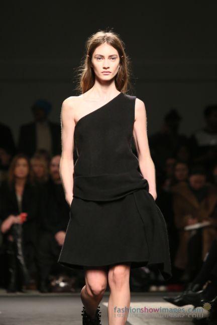 no21-milan-fashion-week-autumn-winter-2014-00093