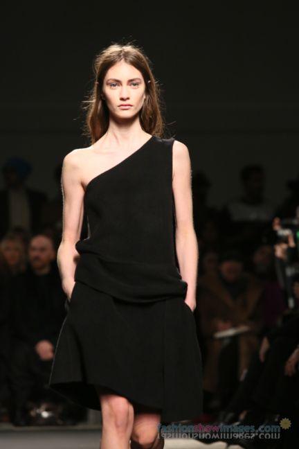 no21-milan-fashion-week-autumn-winter-2014-00094