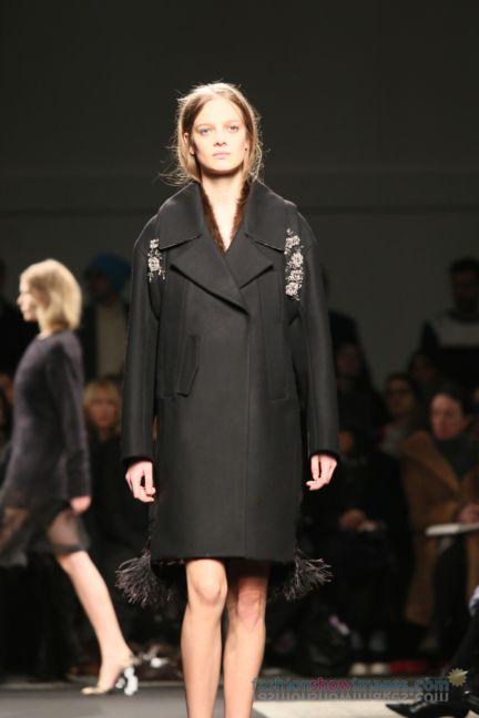no21-milan-fashion-week-autumn-winter-2014-00107