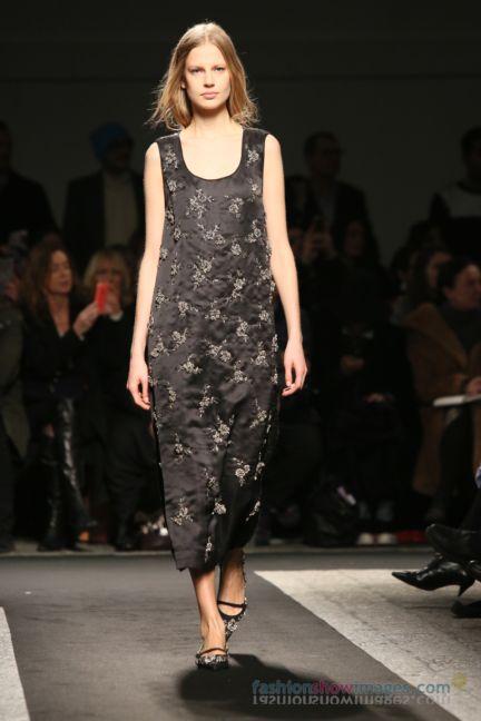 no21-milan-fashion-week-autumn-winter-2014-00109