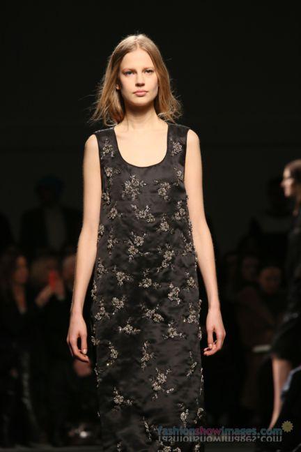 no21-milan-fashion-week-autumn-winter-2014-00112