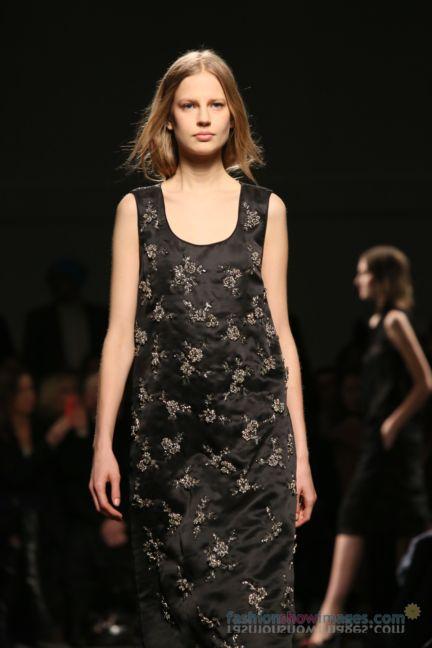 no21-milan-fashion-week-autumn-winter-2014-00113
