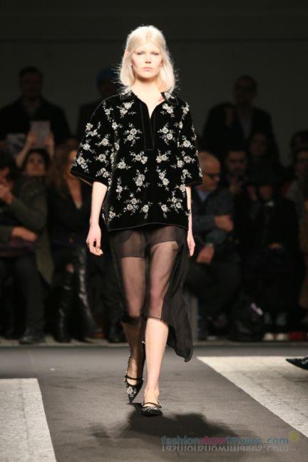 no21-milan-fashion-week-autumn-winter-2014-00115