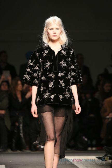 no21-milan-fashion-week-autumn-winter-2014-00116