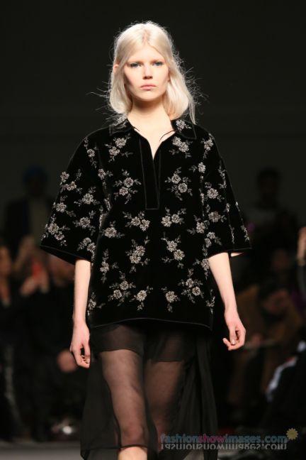 no21-milan-fashion-week-autumn-winter-2014-00117