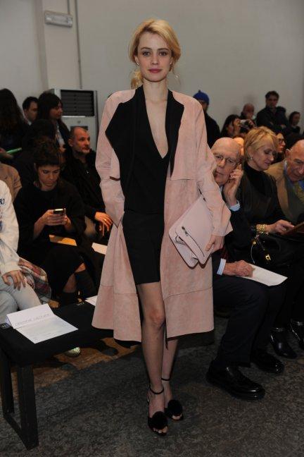 sportmax-parterre-milan-fashion-week-autumn-winter-2014-00002