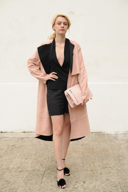 sportmax-parterre-milan-fashion-week-autumn-winter-2014-00016