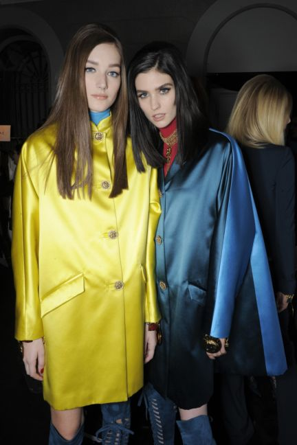 versace-backstage-milan-fashion-week-autumn-winter-2014-00061