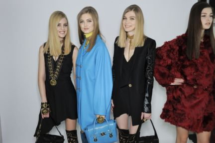 versace-backstage-milan-fashion-week-autumn-winter-2014-00105