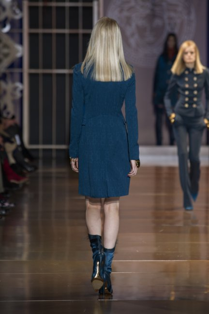 versace-milan-fashion-week-autumn-winter-2014-00008