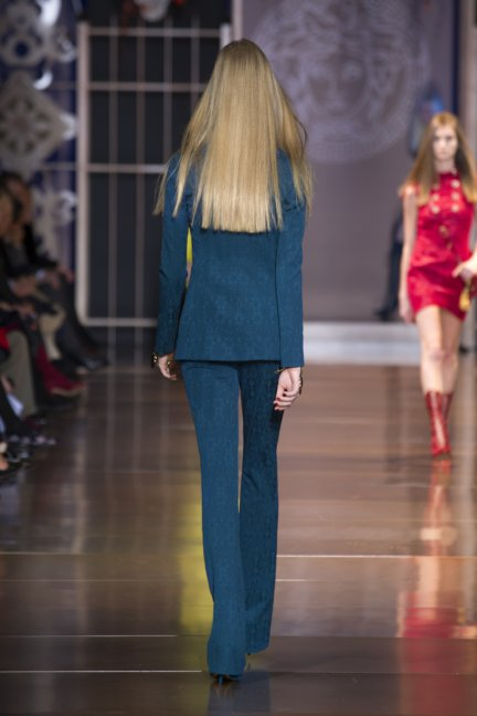versace-milan-fashion-week-autumn-winter-2014-00013