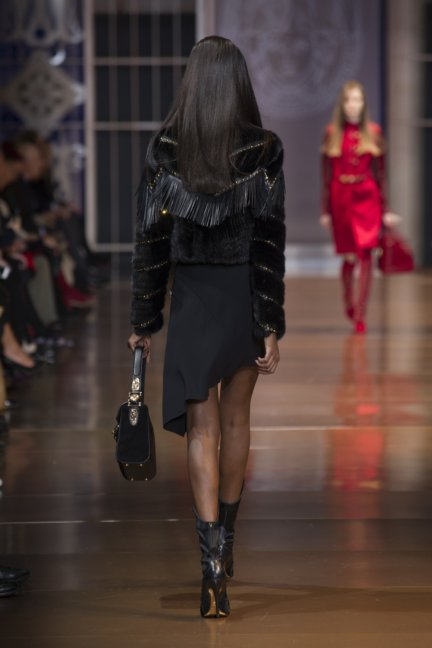 versace-milan-fashion-week-autumn-winter-2014-00024