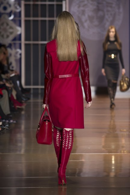 versace-milan-fashion-week-autumn-winter-2014-00026