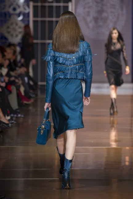 versace-milan-fashion-week-autumn-winter-2014-00030