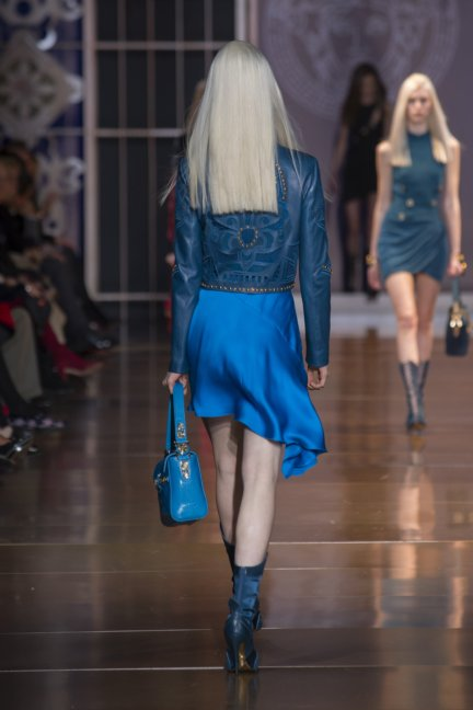 versace-milan-fashion-week-autumn-winter-2014-00035