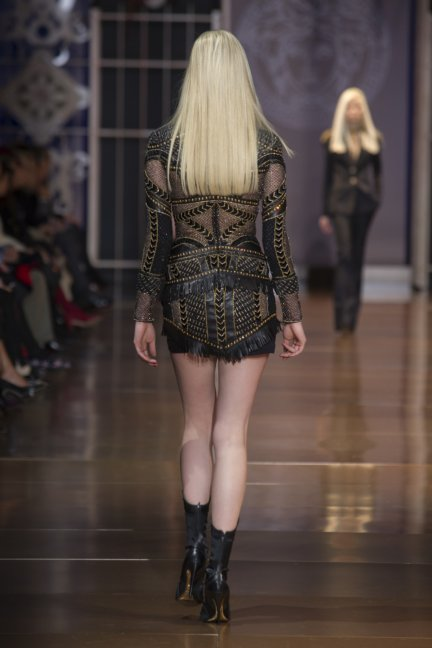 versace-milan-fashion-week-autumn-winter-2014-00041