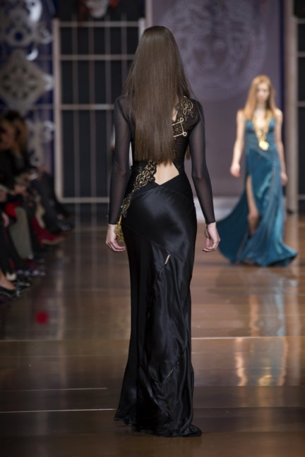 versace-milan-fashion-week-autumn-winter-2014-00047