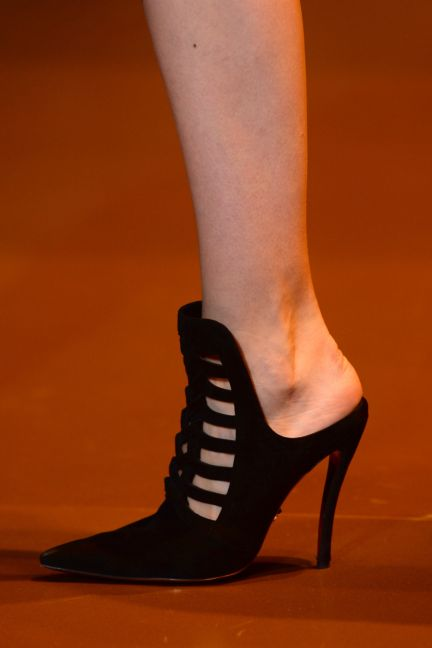 versace-details-milan-fashion-week-autumn-winter-2014-00004