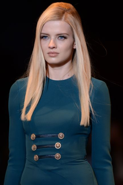versace-details-milan-fashion-week-autumn-winter-2014-00005