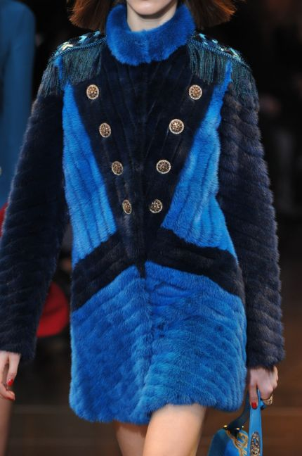 versace-details-milan-fashion-week-autumn-winter-2014-00020