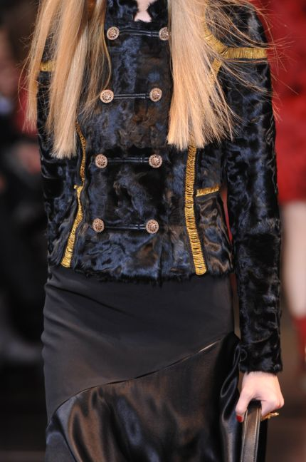versace-details-milan-fashion-week-autumn-winter-2014-00045