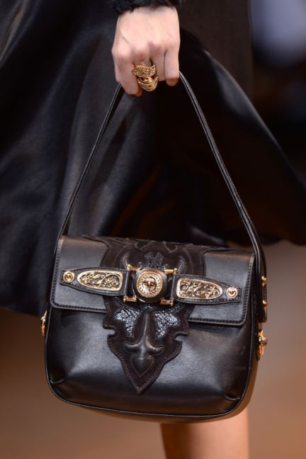 versace-details-milan-fashion-week-autumn-winter-2014-00047
