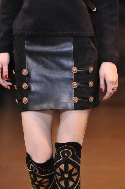 versace-details-milan-fashion-week-autumn-winter-2014-00048