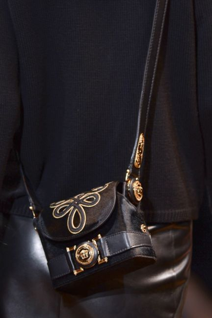 versace-details-milan-fashion-week-autumn-winter-2014-00051