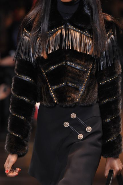 versace-details-milan-fashion-week-autumn-winter-2014-00057