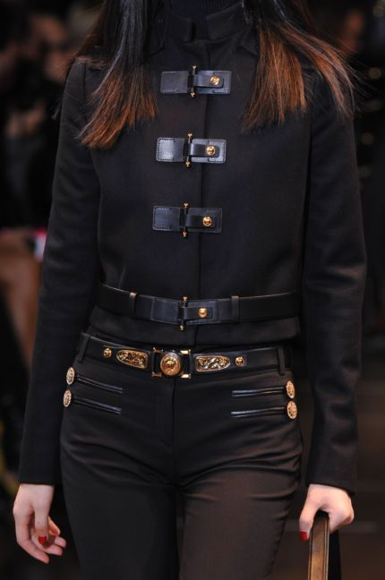 versace-details-milan-fashion-week-autumn-winter-2014-00061