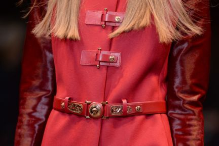 versace-details-milan-fashion-week-autumn-winter-2014-00065