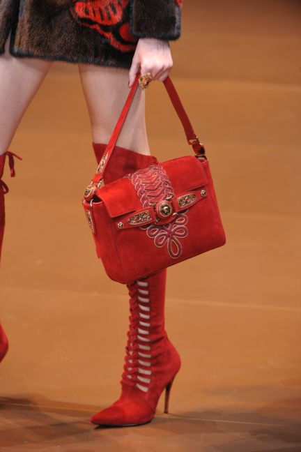 versace-details-milan-fashion-week-autumn-winter-2014-00080