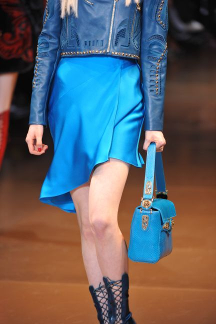 versace-details-milan-fashion-week-autumn-winter-2014-00081