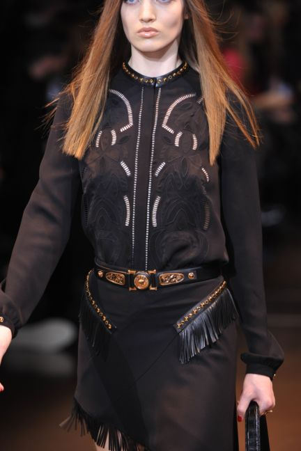versace-details-milan-fashion-week-autumn-winter-2014-00083