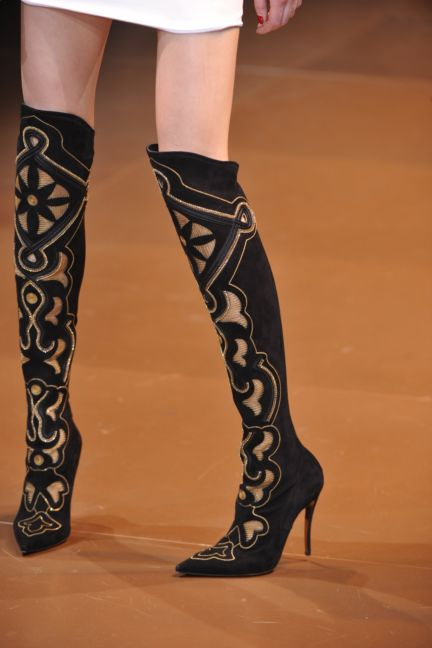 versace-details-milan-fashion-week-autumn-winter-2014-00088