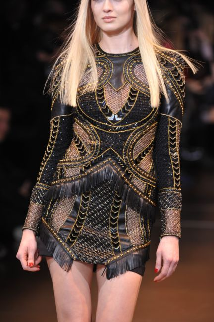 versace-details-milan-fashion-week-autumn-winter-2014-00091