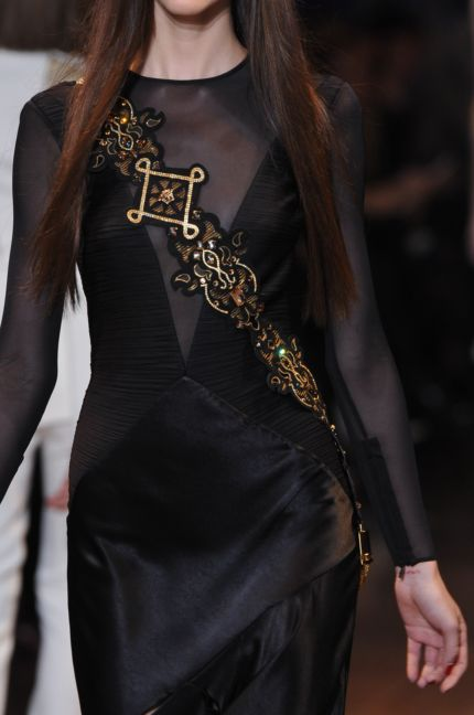 versace-details-milan-fashion-week-autumn-winter-2014-00106