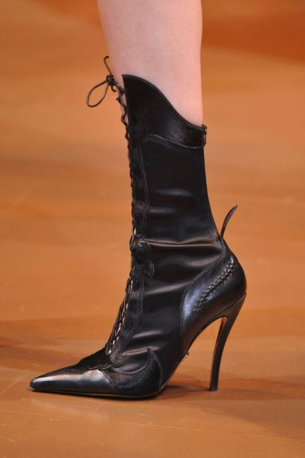 versace-details-milan-fashion-week-autumn-winter-2014-00109