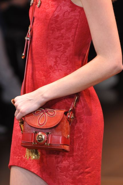 versace-details-milan-fashion-week-autumn-winter-2014-00112
