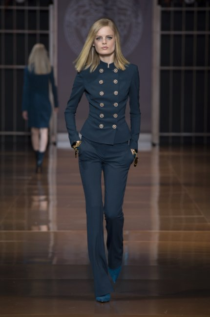 versace-milan-fashion-week-autumn-winter-2014-00010