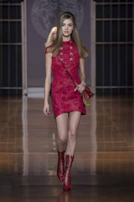 versace-milan-fashion-week-autumn-winter-2014-00015