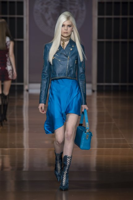 versace-milan-fashion-week-autumn-winter-2014-00034