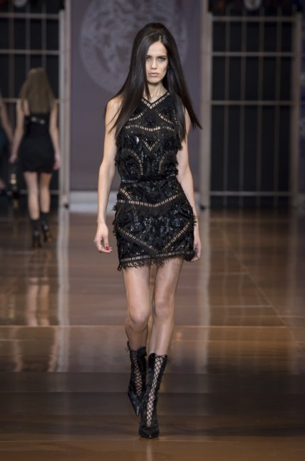 versace-milan-fashion-week-autumn-winter-2014-00040